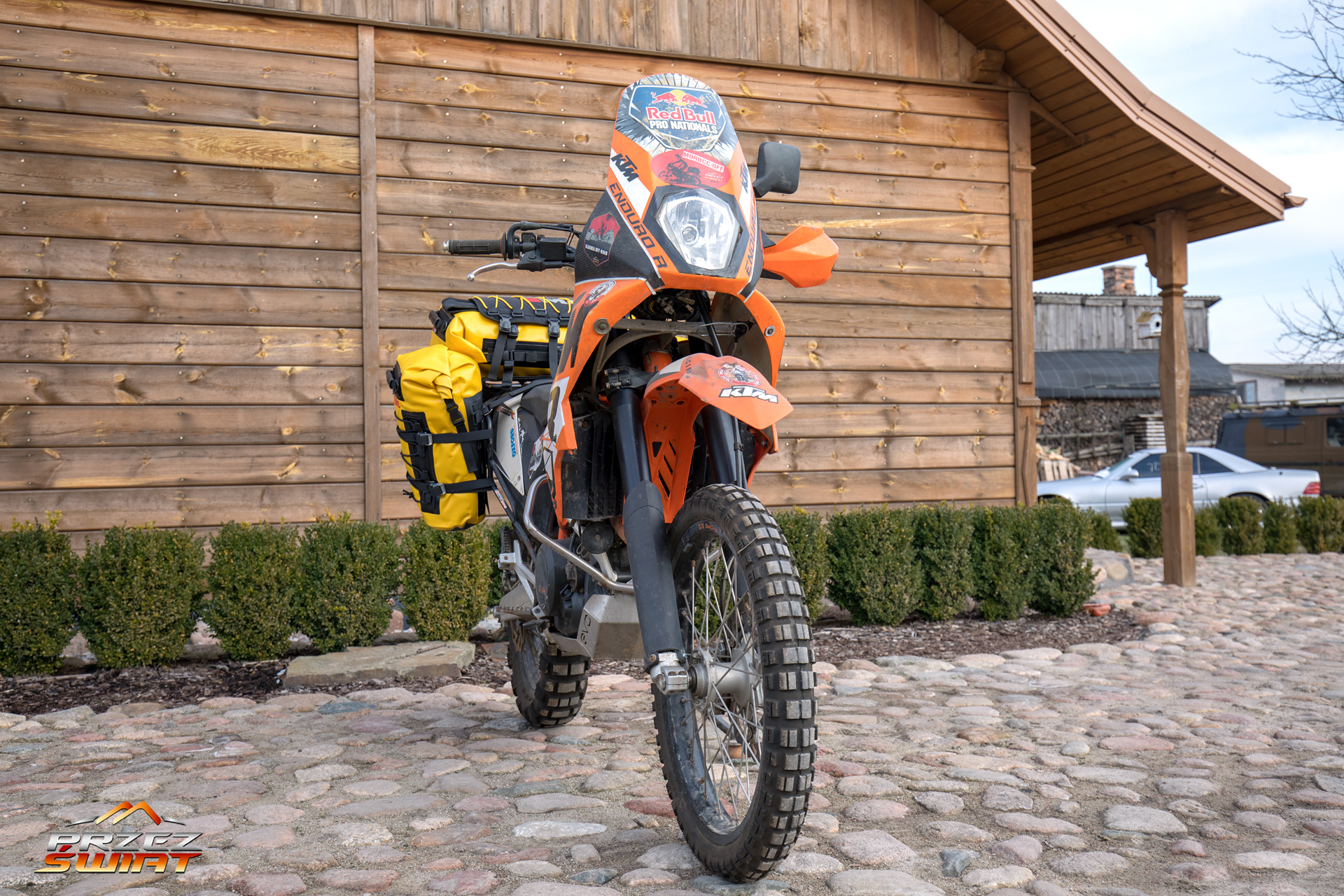 Sakwa centralna adventure plus na ktm 690